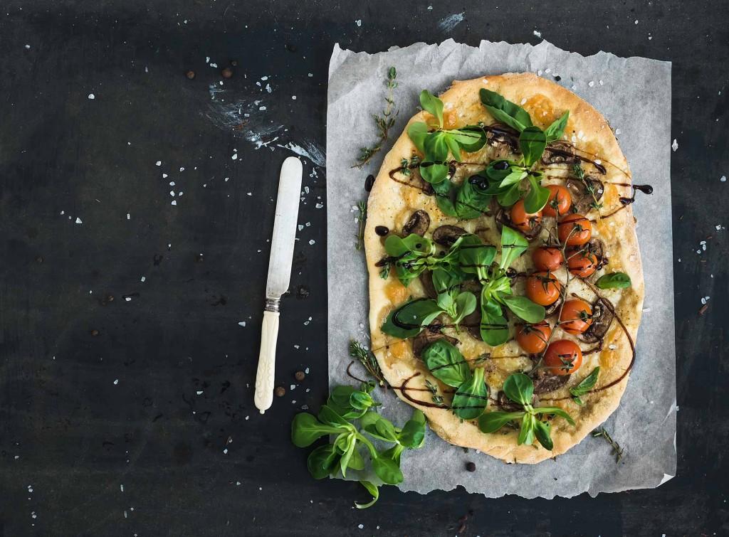 Meditteranean-Surprise-Pizza (1)