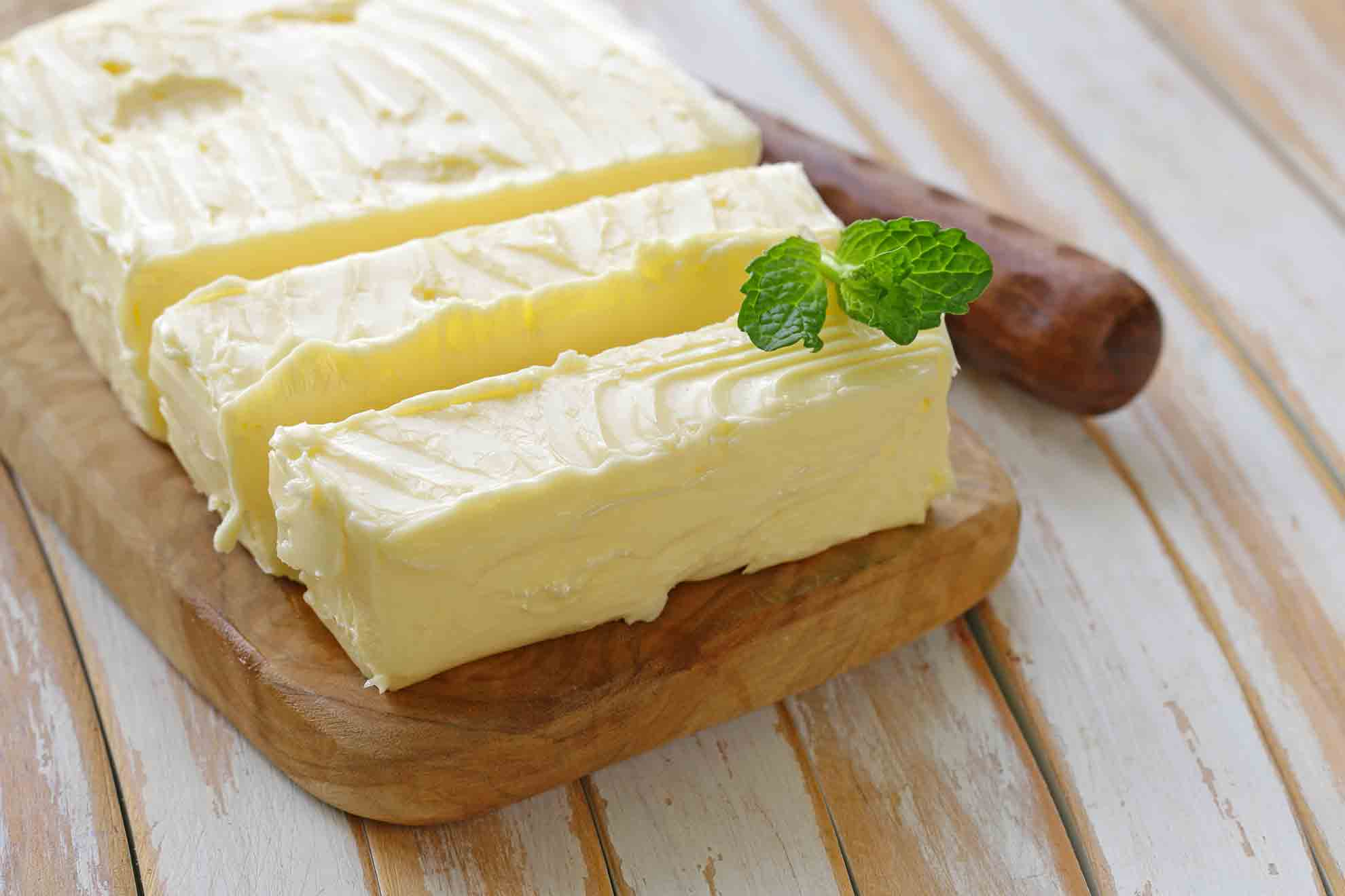 How to Make Home Made Butter With Your Blender - Mum's Pantry