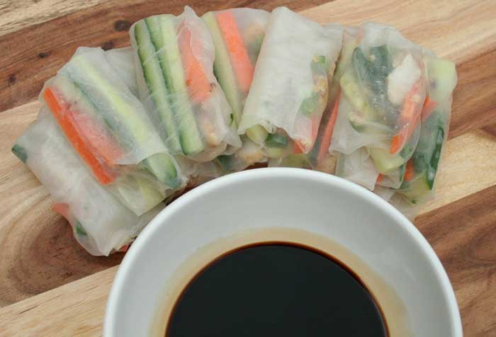 Healthy Chicken And Vegetable Rice Paper Rolls 35 Calories Mum S Pantry