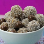 3 Ingredient Chocolate And Apricot Balls