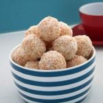Apricot and macadamia Balls