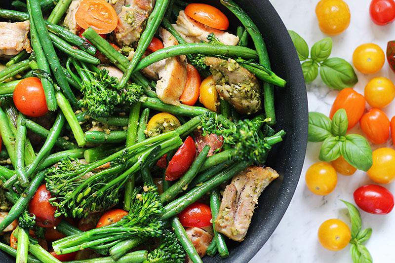 basil pesto chicken and vegetable recipe