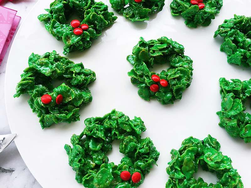 marshmallow Christmas wreaths