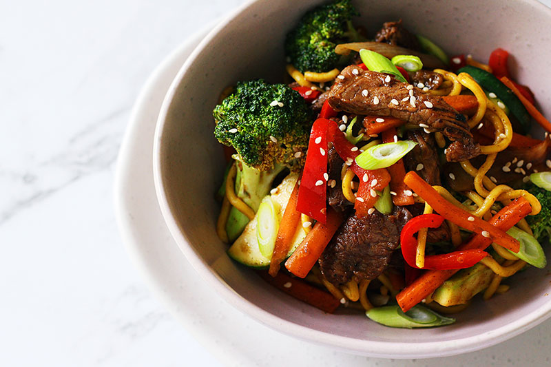 beef stirfry, vegetables, noodles