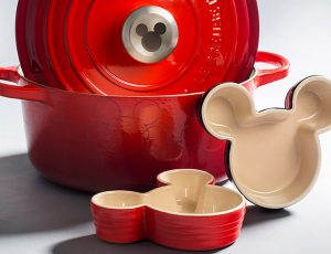 cast iron cookware, disney, micky mouse