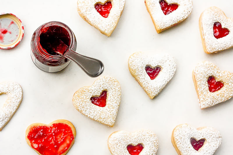 jam and chocolate shortbread hearts Valentine's Day recipe
