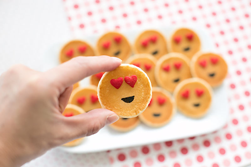 heart emoji pancakes for Valentine's Day breakfast