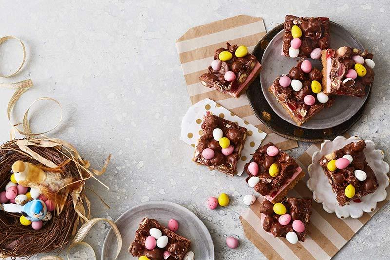 Easter, mini eggs, chocolate slice