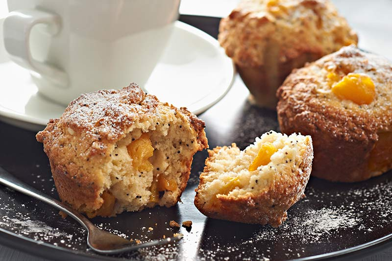 peach and poppy seed muffins